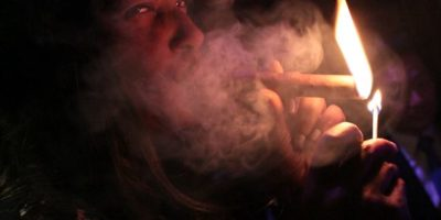 Should You Inhale When You Smoke Cigars?