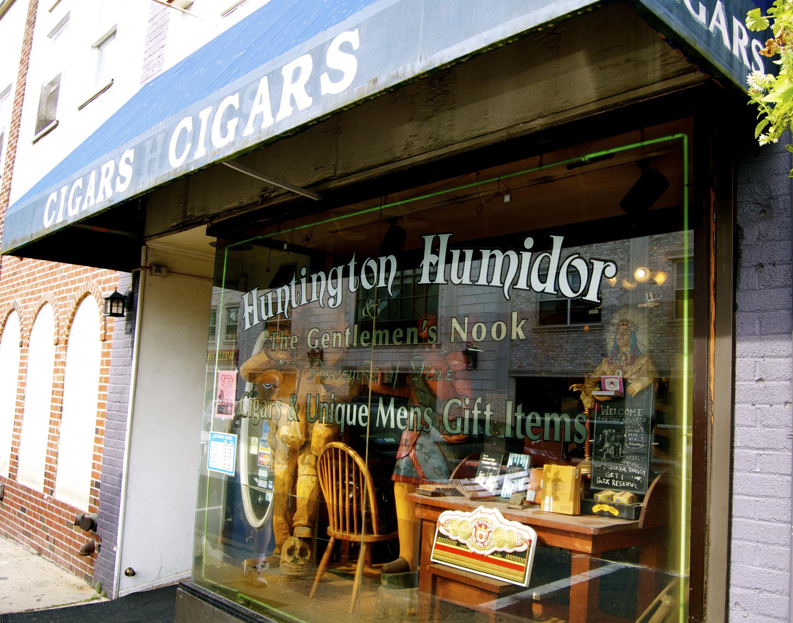 Huntington Humidor - Front