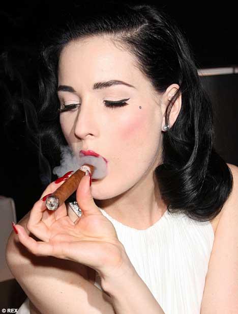 Cigar smoking downlod photos 30