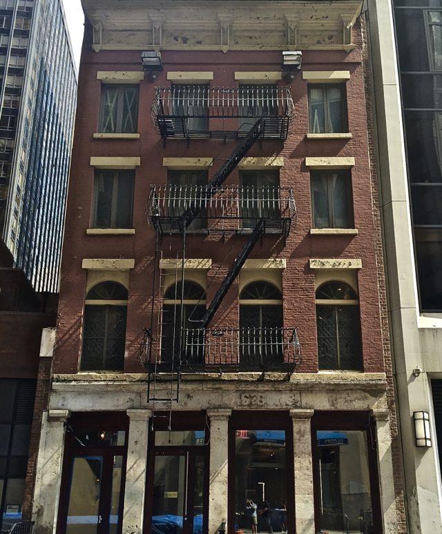 Barclay Rex Pearl Street