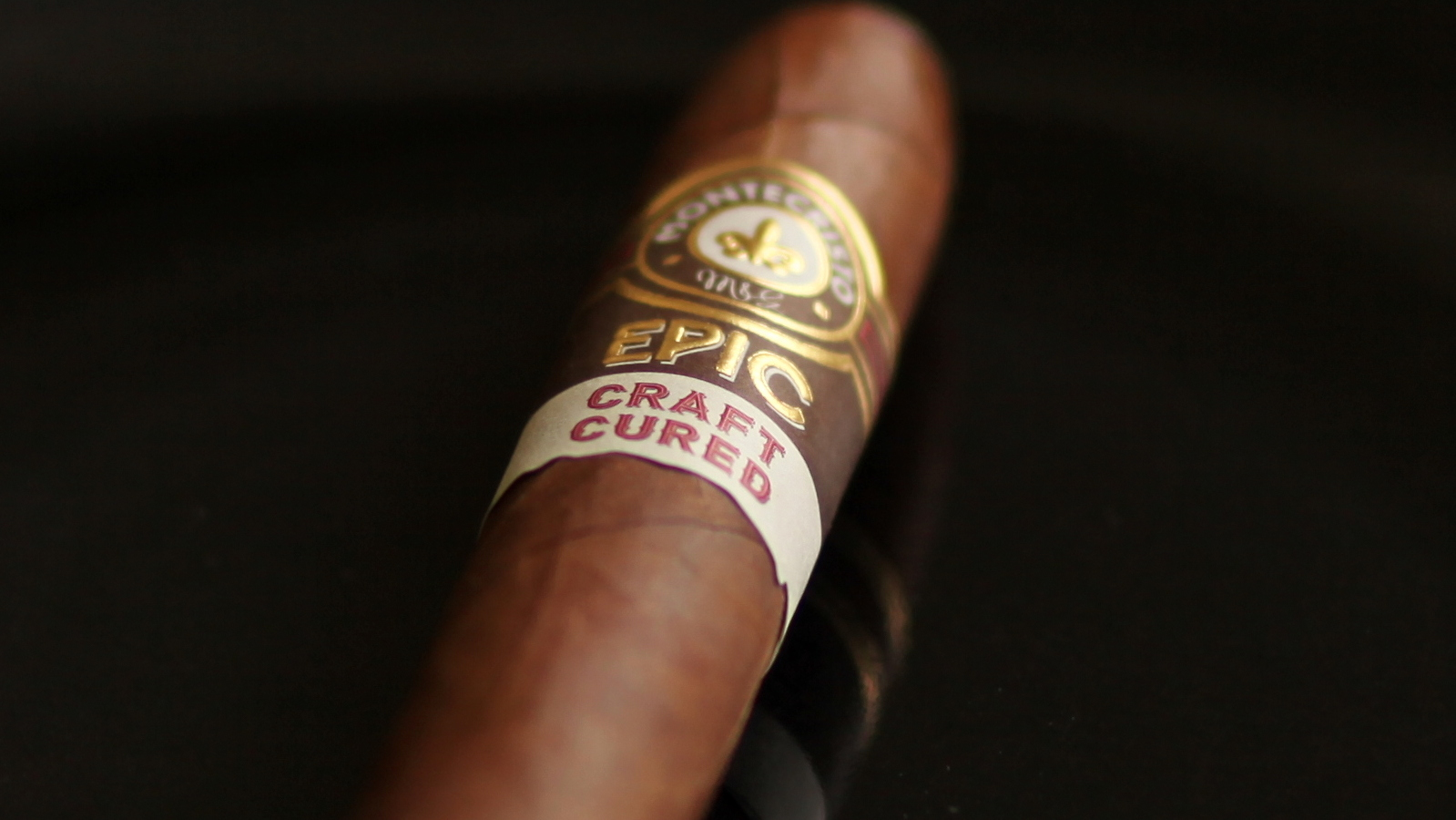 Montecristo Craft Cured Review Closeup