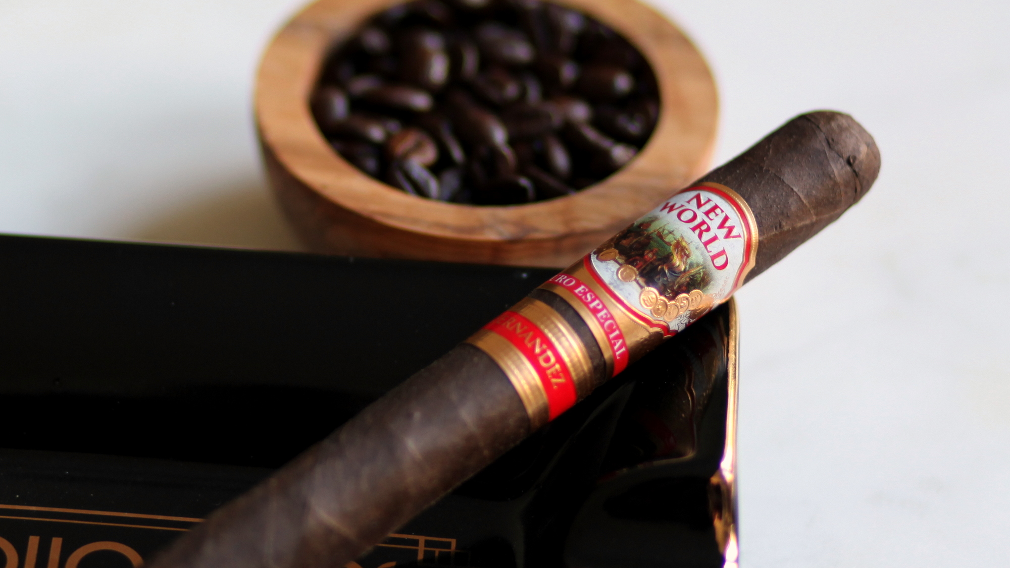 AJ Fernandez New World Puro Especial Toro Review
