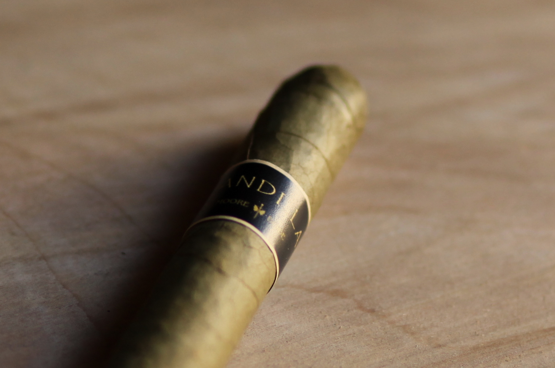 Moore and Bode Candela Cigar Closeup