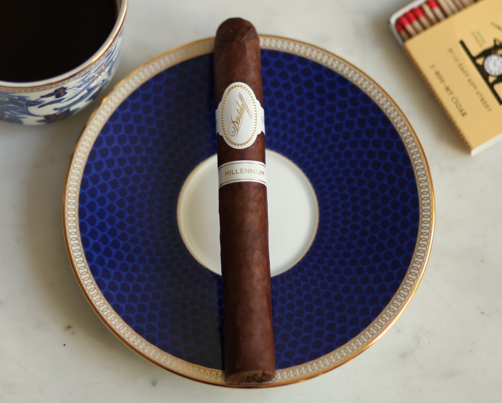Davidoff Millennium Blend Toro Review Closeup