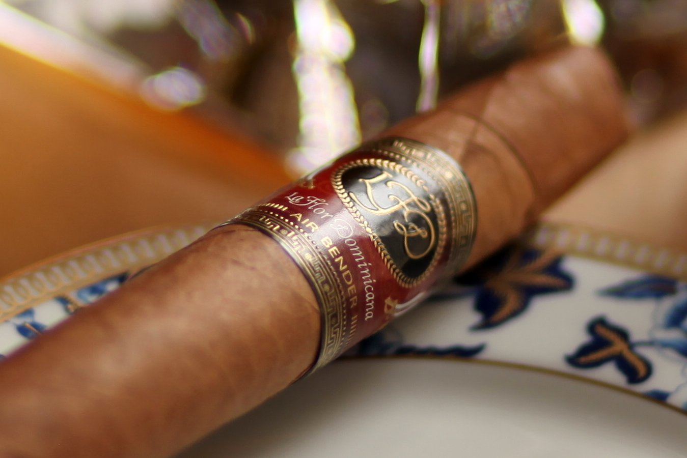 La Flor Dominicana Air Bender Chisel Review Close Up