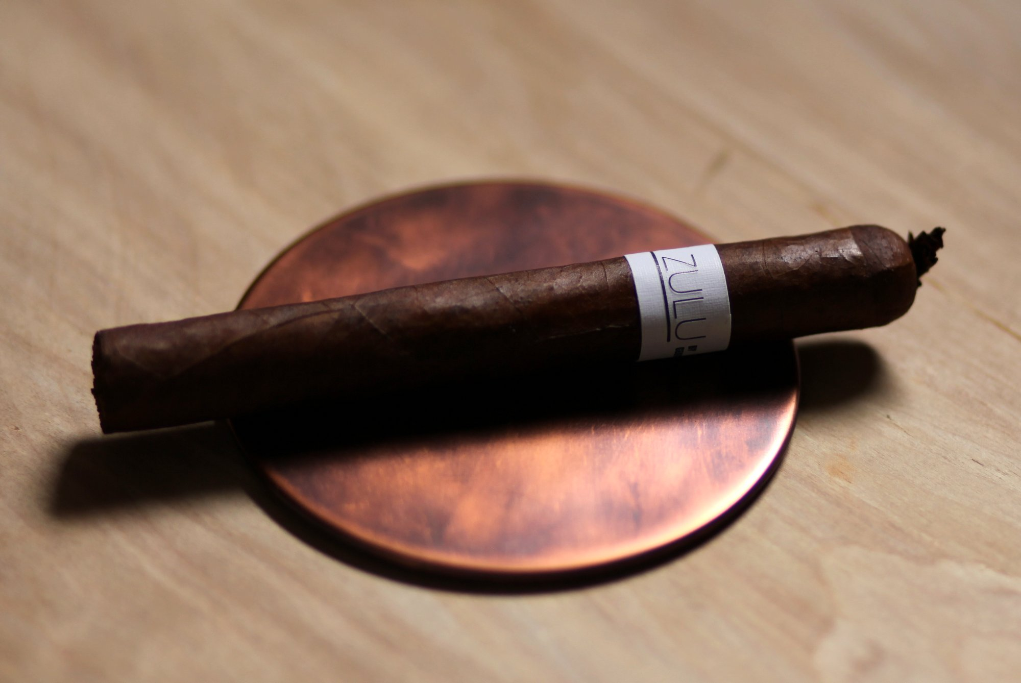 Zulu Zulu White Label Cigar Review closeup