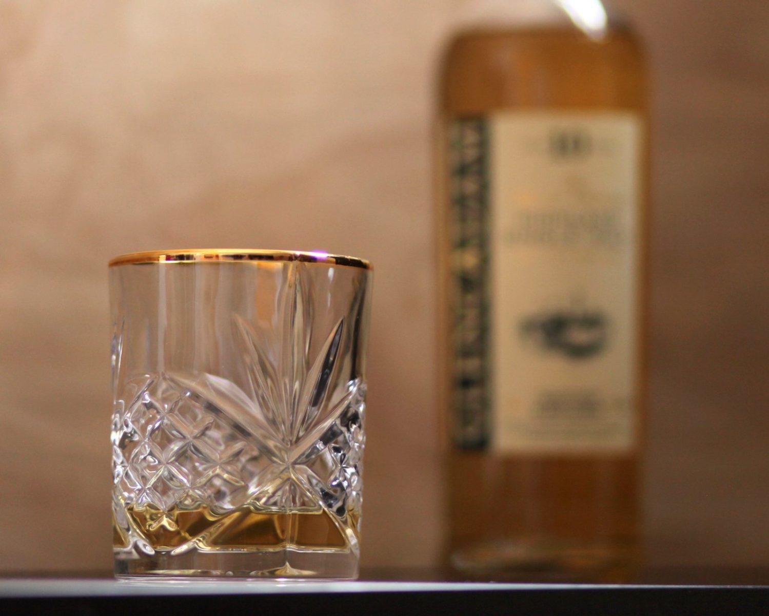 Glencadam 10 Year Review Glass