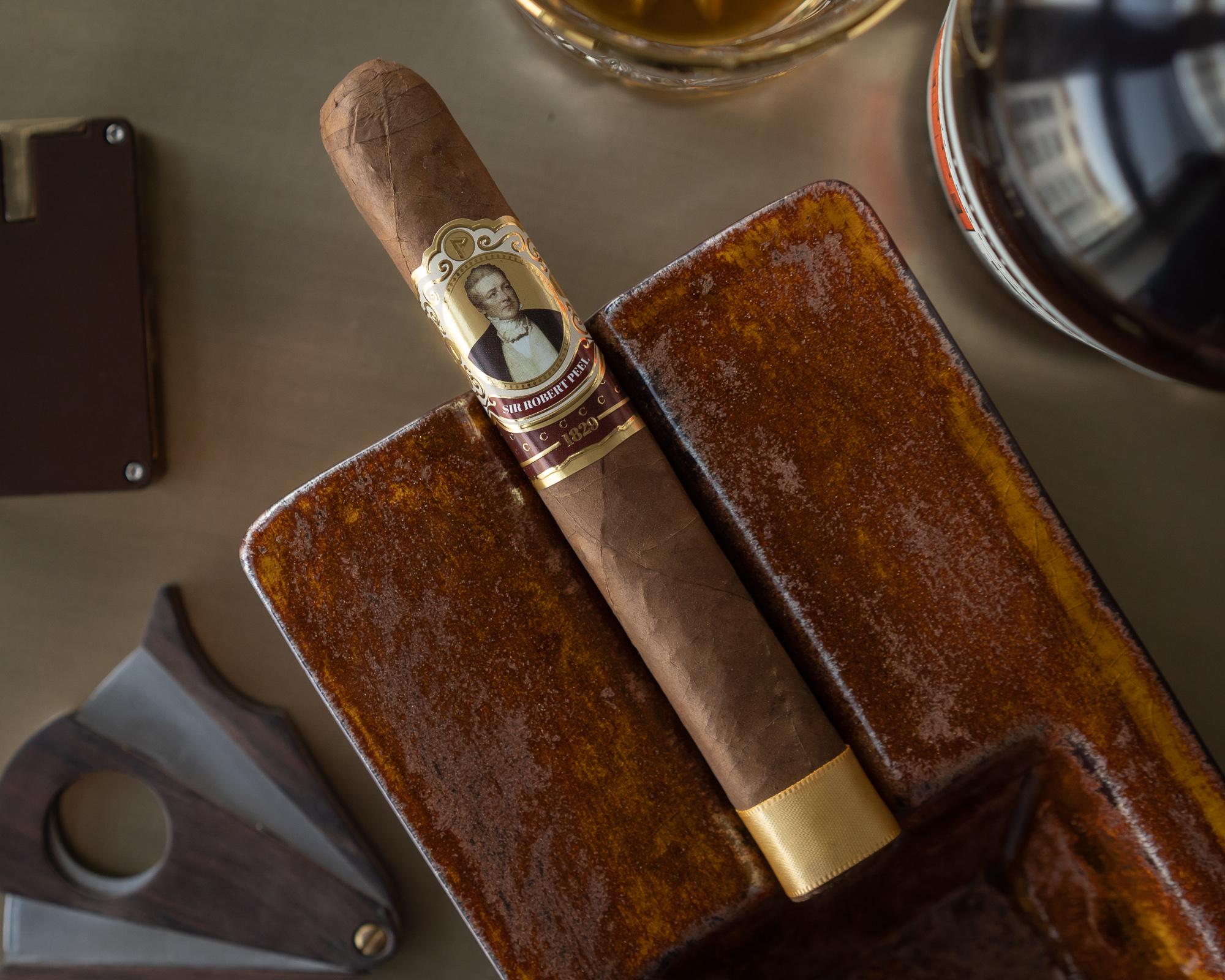 Robert Peel Natural Cigar Review